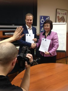 MS. SANJA TARCZAY, PH.D. (THE EDBU PRESIDENT) AND MR. MARKKU JOKINEN (THE EUD PRESIDENT) SIGNED THE CO-OPERATION AGREEMENT